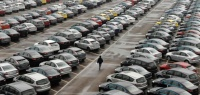 Какие десять автомобилей не теряют в цене?