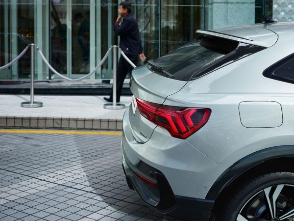 Audi Q3 Sportback фото