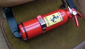 Почему опасно держать огнетушитель в багажнике машины?