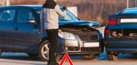 Водитель – виновник ДТП, и ущерб больше лимита по ОСАГО – кто заплатит за ремонт?